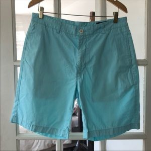 Vineyard Vines Turquoise Men's Shorts. Size 34